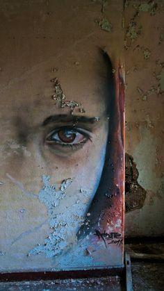 face me by Aper Ture, via 500px  Graffiti!