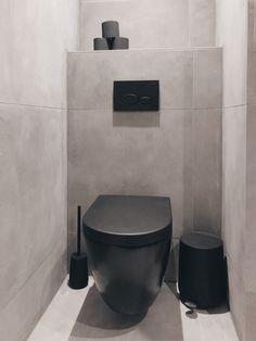 Home Crafts, Diy Crafts, Bathroom Inspo, Bathroom Interior Design, Sweet Home, Bathtub, Toilet Room, Small Toilet, Rest Room