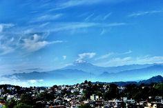 On instagram by el_detective_salvaje #landscape #contratahotel (o) http://ift.tt/1Pn82O9 t o d o e l v i e n t o   _lovers _captures #instalandscape #paisaje #paisajes #instapaisaje #volcán #volcano #montaña #mountain #picodeorizaba #sky #skylovers #xalapa #wind #viento #vent #3yearsago #horizon #horizonte