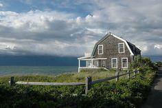 I really like shingle style houses. Cottages By The Sea, Beach Cottages, Beach Houses, Lake Houses, Dream Houses, Coastal Homes, Coastal Living, Lakeside Living, Cottage Living