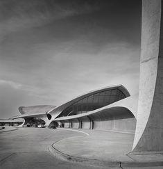 TWA Terminal at JFK Airport in NYC - (1956-1962) - designed by architect Eero Saarinen