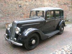 1935 Humber 12 Saloon
