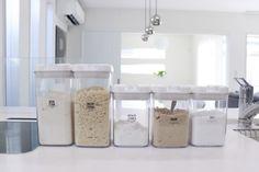 料理中でも簡単に開け閉め出来て便利!カインズの「片手で開け閉めが出来る保存容器」が使いやすい!|LIMIA (リミア)
