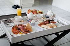 Breakfast in Bed by Zac3200, via Flickr