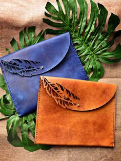 Palm Clutches - Available in different colours - genuine leather - Marco Visconti - Hong-Kong