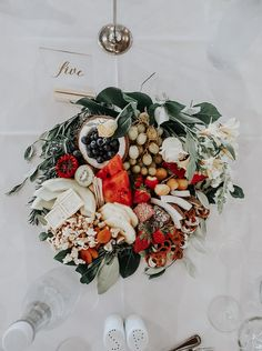 vibes, create your own centre piece In Season Produce, Centre Pieces, Corporate Events, Lush, Greenery, Create Your Own, Christmas Wreaths, How To Memorize Things, Floral Wreath