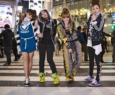 #2NE1 #TOKYO #ALLORIGINALS [] #adidas all original #2NE1 CM/CF B roll [] [2012] [] [7min] http://www.youtube.com/watch?v=E8NPvheSlWM