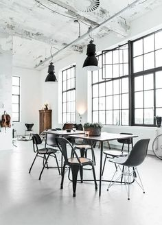 Large Black Framed Windows via Paulina Arcklin Industrial Design Furniture, Industrial Interiors, Industrial House, Furniture Design, Urban Industrial, Industrial Lighting, Loft Design, Küchen Design, Design Trends