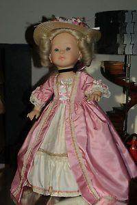 Corolle-poupee-de-Collection-Marie-Antoinette-1992