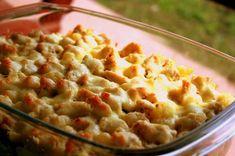 Besameles-csirkés rakott tészta - Uniquitchen Guacamole, Italian Recipes, Mashed Potatoes, Macaroni And Cheese, Main Dishes, Bacon, Pizza, Chicken, Cooking