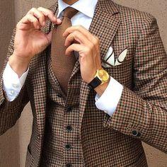 New Wedding Suits Men Tweed Groom Style Pocket Squares Ideas Gentleman Mode, Gentleman Style, Sharp Dressed Man, Well Dressed Men, Mode Masculine, Fashion Mode, Look Fashion, Fashion Photo, Womens Fashion