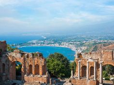 Taormina - Veduta dal Teatro Greco