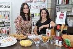 As empresárias Ana Paula Pereira e Tatiana Andolfato, proprietárias da loja Regali Per La Casa