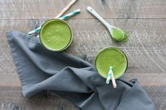 Coconut Banana Matcha Smoothie | BourbonandHoney.com -- Energizing, slightly sweet and totally delicious, this Coconut Banana Matcha Smoothie is a great on-the-go breakfast.