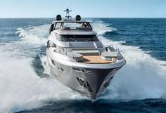 MCY105: Monte Carlo Yachts' flagship