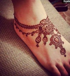 mehndi design on feet image unique pattern