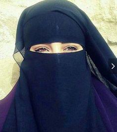 her eyes are gold Hijab Niqab, Muslim Hijab, Mode Hijab, Beautiful Hijab Girl, Beautiful Muslim Women, Beautiful Eyes, Arab Girls Hijab, Muslim Girls, Muslim Couples