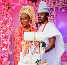 MADIVAS WEDDING PRESENT: TOSIN AND TUNDE TRADITIONAL WEDDING SHOOTS