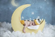 Dallas Newborn Photographer, moon, newborn boy, stars and moon