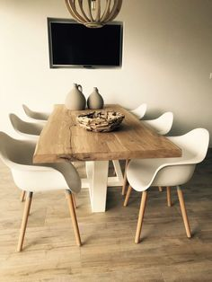 Dining Table Design 2020 – How do I choose the right dining table? - Home Ideas Dining Room Table Decor, Dining Table Design, Living Room Decor, Dining Tables, Farm Tables, Kitchen Tables, Room Kitchen, Diner Table, Dining Room Inspiration
