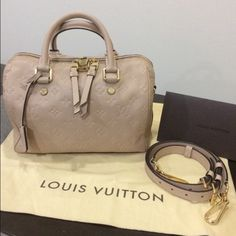 Authentic LV Bandouliere 25 Authentic LV Bandouliere 25 in great condition.  Comes with shoulder strap 2d647c25e6db5