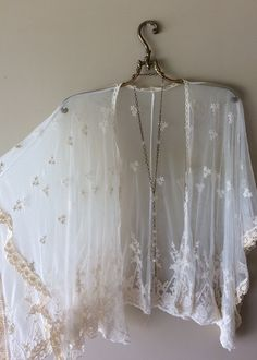 Image of JUST IN! Stevie Nicks lace wide cape sleeves gypsy festival kimono