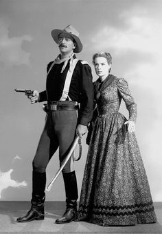 "John Wayne and Maureen O'Hara. Jeff's parents in ""Rio Grande"" 1950 Hollywood Stars, Classic Hollywood, Old Hollywood, Classic Movie Stars, Classic Movies, Rio Grande, John Wayne Movies, The Quiet Man, Maureen O'hara"