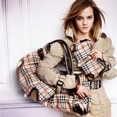 67233903eca5 31 Best Burberry Fashion images