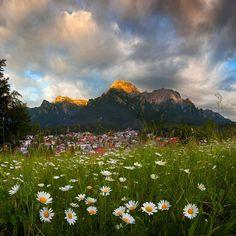 Via Why I Love Romania Facebook Page - Bucegi Mountains and Bușteni Resort
