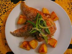 Pan-fried baby hake Fish And Seafood, Thai Red Curry, Chicken, Meat, Ethnic Recipes, Baby, Baby Humor, Infant, Babies