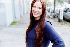 Sophie Kühn verkauft über ihren Onlineshop bunte Sticker – als Nagellack-Alternative. Bisher hat die 26-Jährige ihre Marke ganz ohne fremdes Geld aufgebaut.