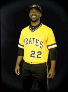 274e4fc0141 2016 version of 1979 throwback Pirates uniforms