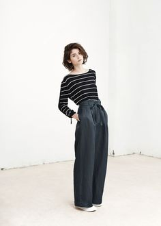 pleated baggy linen pants | Breton top | plimsolls || MANGO