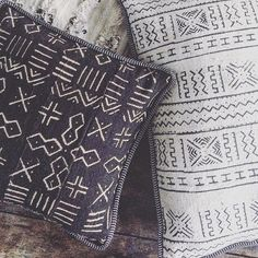 pillows everywhere, we should have enough for a big pillow fight at LA MAISON... we love these* #african #print #cotton #pillow #pillowfight #lamaisonthehouse #riadlamaison #thereisalwaysspaceforanotherpillow