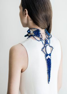 Choker back drop necklace  blue titanium quartz di RasaVilJewelry