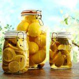 Inlagda citroner - Recept http://www.dansukker.se/se/recept/inlagda-citroner.aspx Soliga citroner, man blir glad bara av att se på dem. #sol #citron #recept