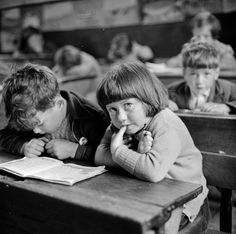 Thurston HOPKINS :: School at Hebrides Islands, Scotland, 1955