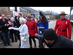 Queen and Kate take a Royal Babymoon to the Fairmont Banff Springs Watch all the way to the end for your chance to win your own Royal babymoon getaway!