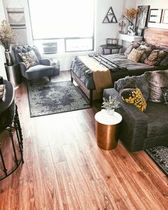 If you are looking for Rustic Studio Apartment Decor Ideas, You come to the right place. Here are the Rustic Studio Apartment Decor Ideas. One Room Apartment, Studio Apartment Layout, Studio Apartment Decorating, Apartment Interior, Apartments Decorating, Bohemian Studio Apartment, Studio Apartment Living, Cute Apartment Decor, Small Studio Apartment Design