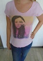 Jasnoróżowy T-Shirt z nadrukiem