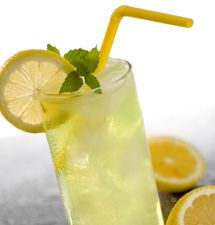 Old-Fashioned Lemonade #recipe made with Domino Granulated Sugar    Perfect for a Hot Summer Day!