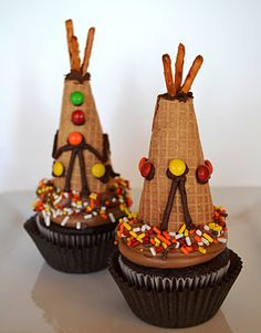 Sweetology: Easy Tepee Cupcakes (or place card holders) for Thanksgiving!    Jack will LOVE these!  cones and cupcakes?  heaven!