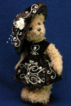 by the lovely and talented bear maker Erin Roy