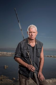 Jeremy Wade Biologist, Extreme Angler. Fish On!!!