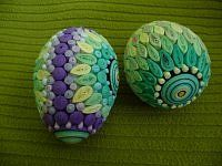 Quilling Jewelry, Quilling Paper Craft, Quilling Patterns, Quilling Designs, Egg Crafts, Easter Crafts, Easter Ideas, Quilling Techniques, Egg Designs