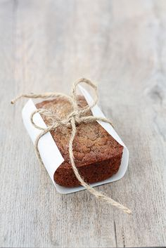 banana bread - Make at home in your bread machine. Great gift idea :)
