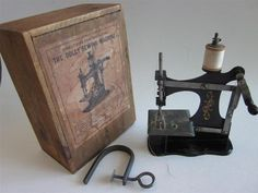 Antique Vtg 1900's Dolly Sewing Machine Childs Miniature Metal Toy Wood Box…