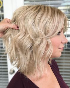 Want to avoid too dramatic look? Then you might consider this cute buttery blonde bob hair created by The Prissy Hippie Beauty Shop (@prissyhippiebeautyshop). Click the link to see our list of trendy bob hairstyles with bangs. #bobhairstyleswithbangs #bobhaircuts Blonde Bob With Bangs, Long Bob Blonde, Bob Haircut With Bangs, Blonde Bobs, Bob Hairstyles For Fine Hair, Haircuts For Fine Hair, Cool Hairstyles, Buttery Blonde, Cute Bob Haircuts