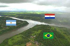 Encontro entre os rios Iguaçu e Paraná → Onde Argentina, Brasil e Paraguai se encontram…