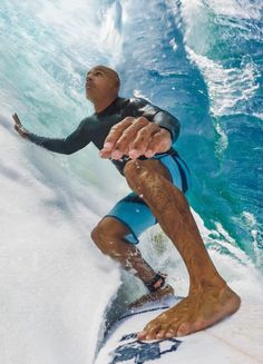 (And that's Kelly Slater. Surfer Boy Style, Surfer Guys, Kelly Slater, Surf Mar, Snowboard Girl, Hang Ten, Big Waves, Surfs Up, The Beach